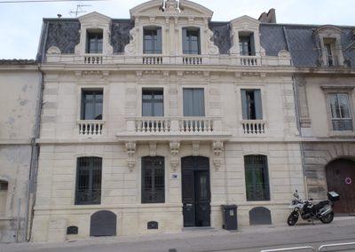 Rénovation de la façade d'une maison de maitre effectuée par Adéquate