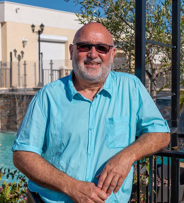 Denis Rodriguez - Gérant de la SARL Electricité Rodriguez (SER) à Sommières